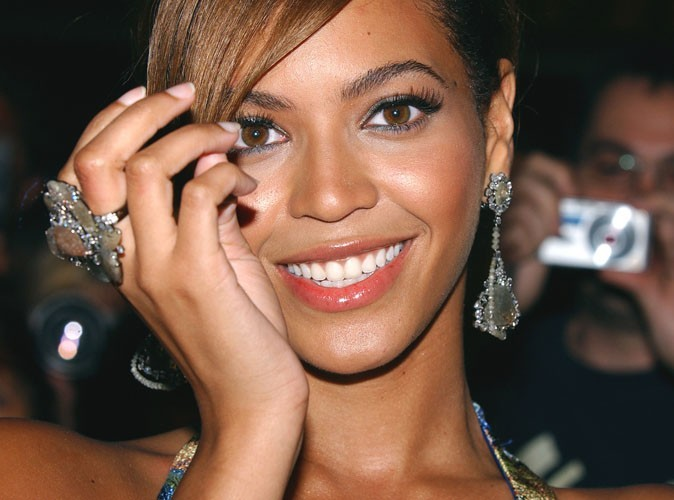 Beyoncé : récompensée dans le domaine du journalisme !