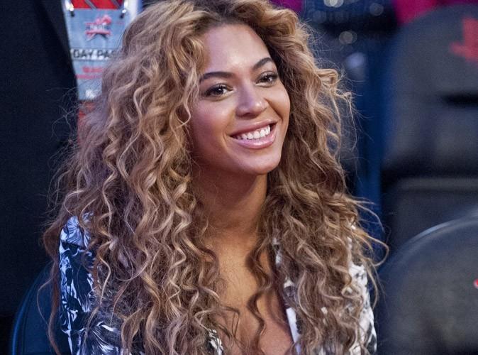 """Beyoncé : son documentaire """"Life Is but a Dream""""  jugé vaniteux, égocentrique et superficiel !"""