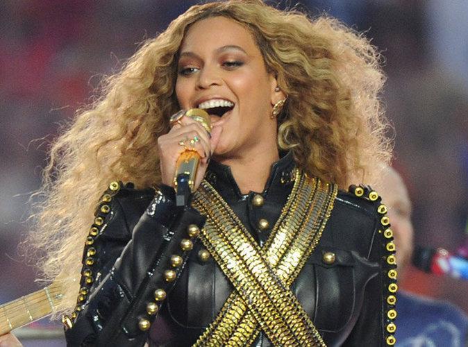 Beyoncé accusée d'être anti-police, elle répond !