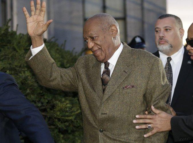 Bill Cosby : pour échapper à son procès, il est prêt à tout !