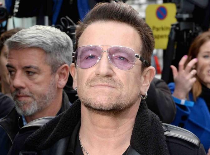 Bono : il ne jouera peut-être plus jamais de guitare à cause de son accident !