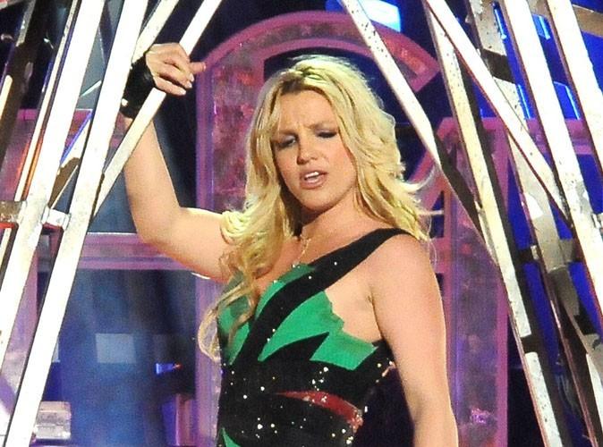 Britney Spears dévoile les costumes de son Femme Fatale Tour !