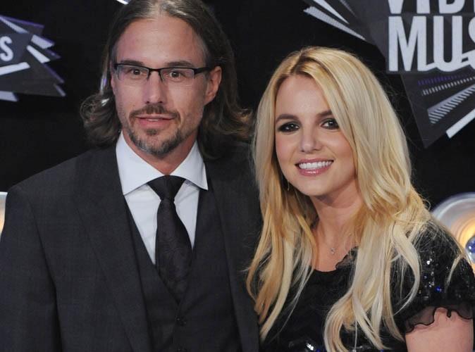 Britney Spears fiancée : découvrez son énorme bague en diamant !