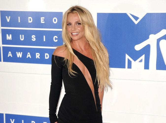 Britney Spears : La chanteuse sort les griffes !