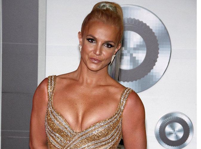 Britney Spears: la femme fatale est de retour, plus sexy que jamais!