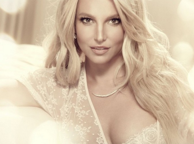 Britney Spears : méconnaissable sur la nouvelle photo promo de sa ligne de lingerie !