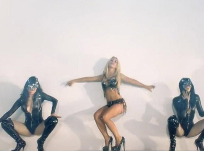 Britney Spears : vous rêviez de ses formes ? Arrêtez, ce n'est que du Photoshop !