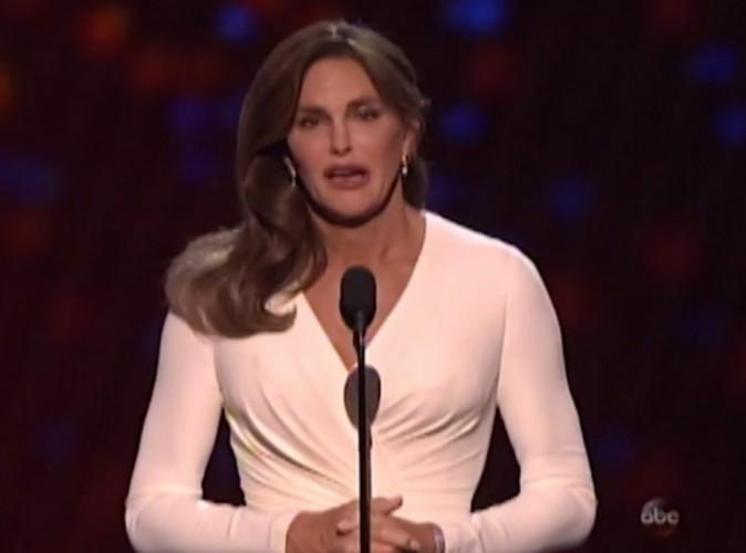 Caitlyn Jenner : adoubée par Vogue, contrariée par sa propre voix !
