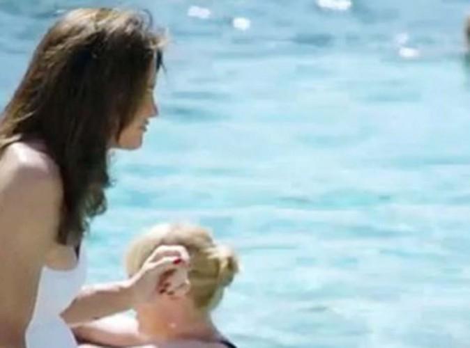 Caitlyn Jenner franchit finalement le cap et se montre en maillot de bain !