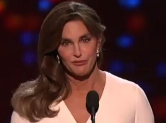"""Caitlyn Jenner : """"J'étais dans ma maison avec un fusil et je me suis dit : Finissons-en"""""""