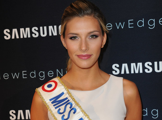 Camille Cerf : l'ancienne Miss France reprend les cours !
