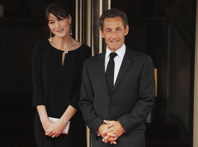 Carla Bruni et Nicolas Sarkozy : le baiser que personne n'aurait dû voir !