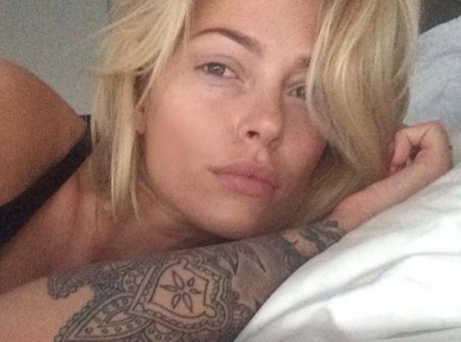 Caroline Receveur : selfie au réveil avant de s'envoler pour le Mexique !