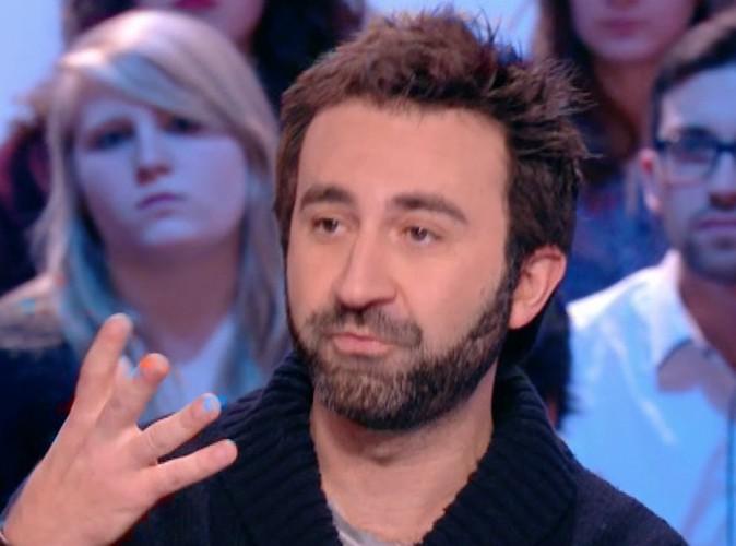 """Charlie Hebdo : Mathieu Madénian : """"Vous pouvez tuer Charlie si vous ne l'achetez pas !"""""""