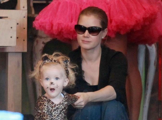 Amy Adams a une petite panthère d'Halloween !