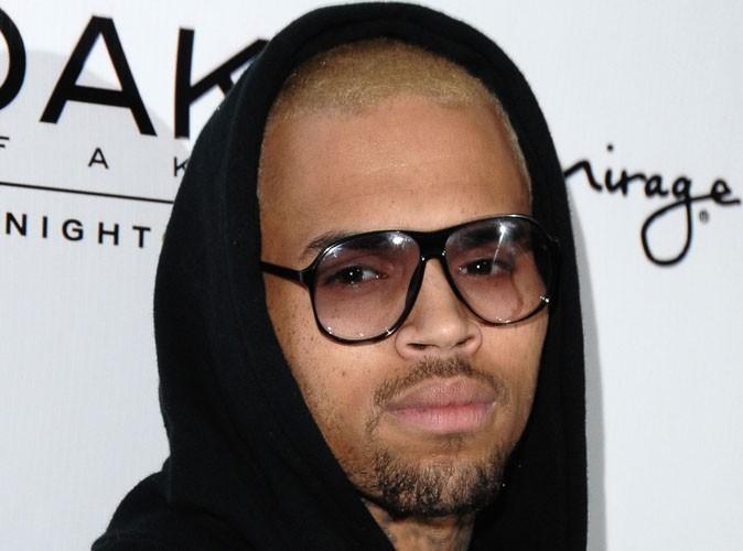 Chris Brown : il crashe sa Lamborghini après une soirée trop arrosée en région parisienne !