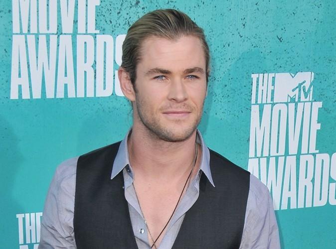 """Chris Hemsworth : """"C'est sûr, mon corps musclé m'a aidé à obtenir du boulot…"""""""