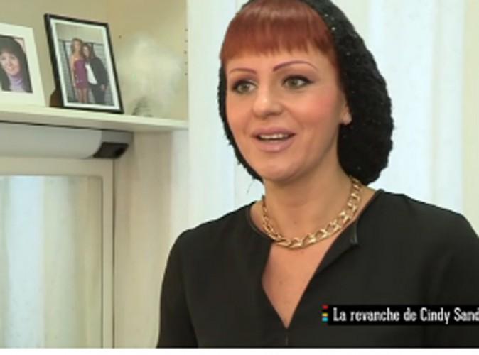 """Cindy Sander : """"Je me trouve vraiment comme une Barbie !"""""""