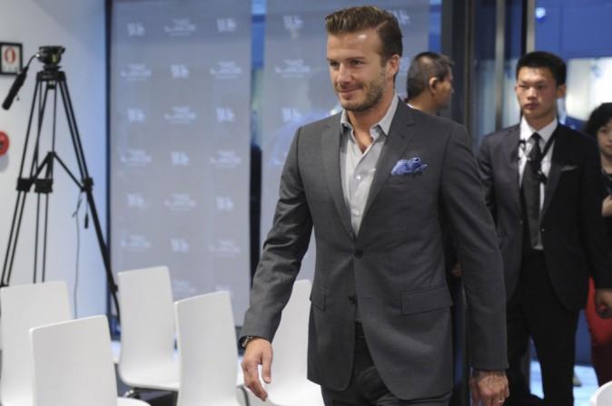 David Beckham : il dévoile des teasers sexy pour son parfum !