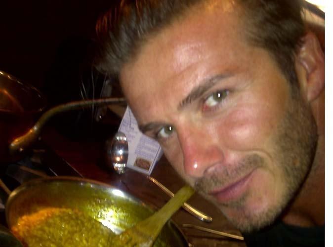 David Beckham n'est pas qu'une bombe sexuelle, il est aussi un fin cuisinier !