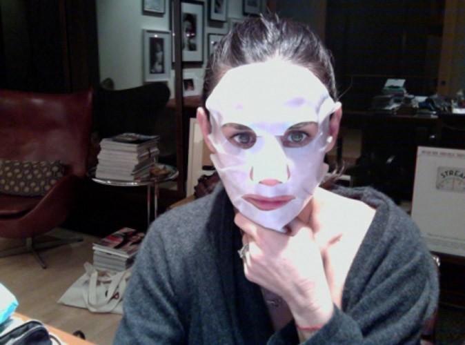 Demi Moore joue à The Mask !