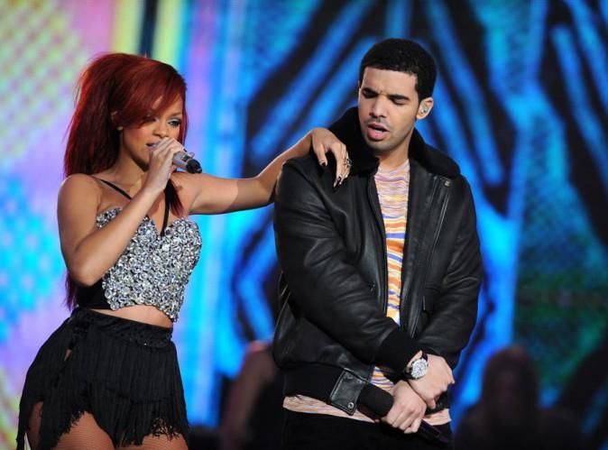 Drake : à peine recasé avec Rihanna, déjà infidèle...
