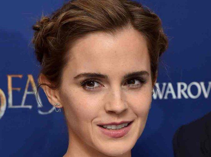Emma Watson seins nus : la comédienne répond à la polémique