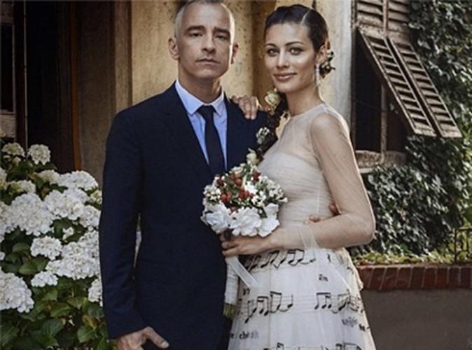 Eros Ramazzotti : élégant auprès de sa nouvelle femme... Découvrez la photo de son mariage !