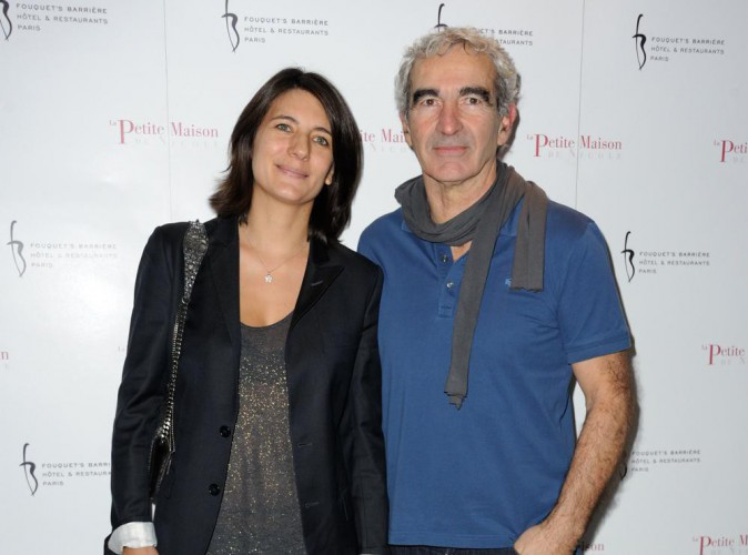estelle denis son mariage avec raymond domenech n 39 est. Black Bedroom Furniture Sets. Home Design Ideas