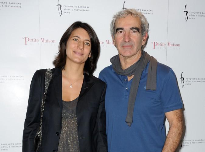 Estelle Denis : un mariage avec Raymond Domenech ? Elle ne dit pas non !