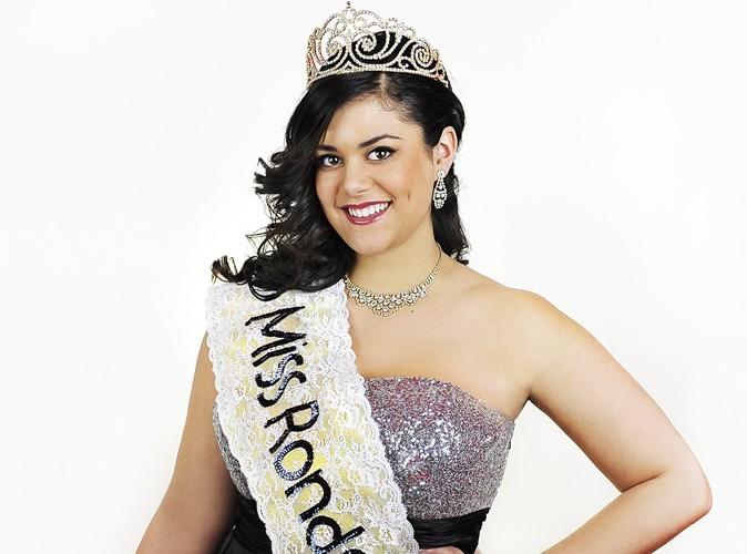 """Exclu Public : Julia Castelli, Miss Ronde 2013  : """"Les rondes ont aussi le droit de se mettre en maillot de bain et de se faire belle."""""""