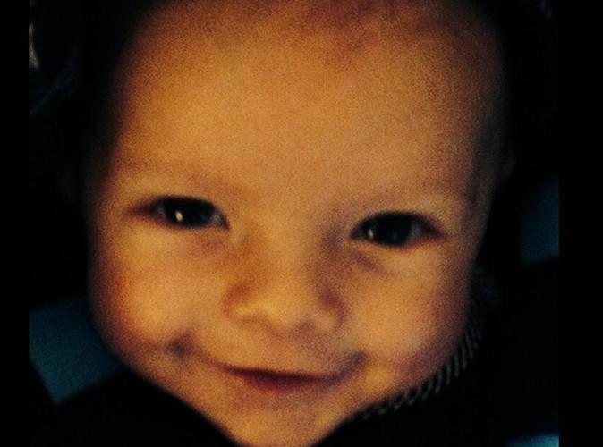 Fergie : son fiston Axl Jack affiche son plus beau sourire pour l'anniversaire de son papounet !
