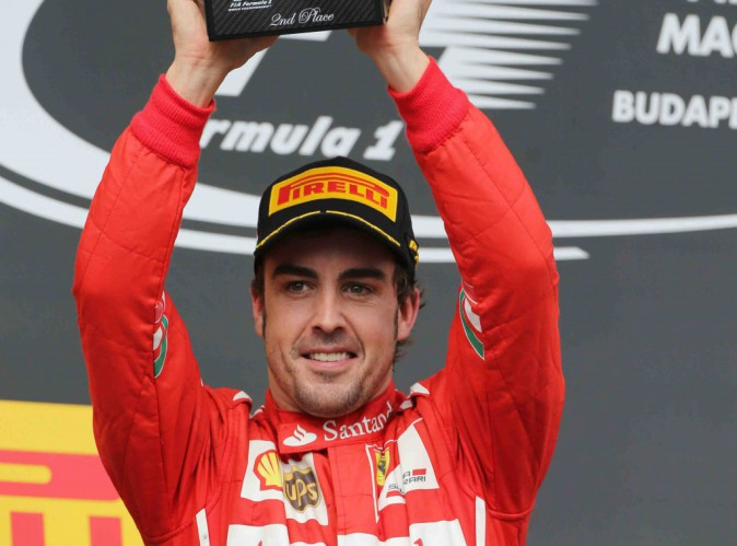 Fernando Alonso : le champion quitte officiellement Ferrari !