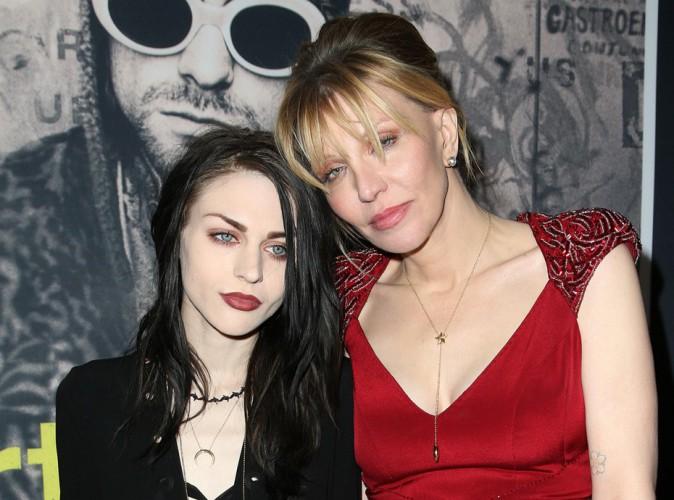 Frances Bean Cobain mariée, Courtney Love snobée et dévastée !