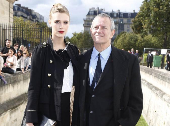 Francis Huster en couple avec Gaia Weiss ? La jeune comédienne dément !