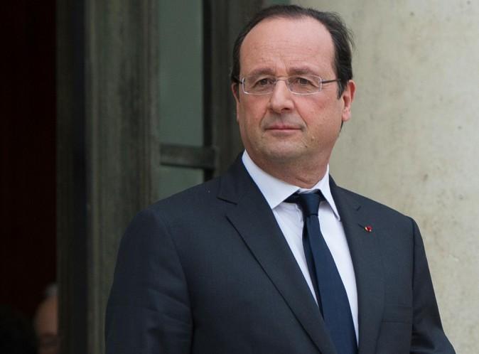 """François Hollande : le président s'apprête à donner une conférence de presse """"polluée"""" par sa supposée liaison avec Julie Gayet !"""