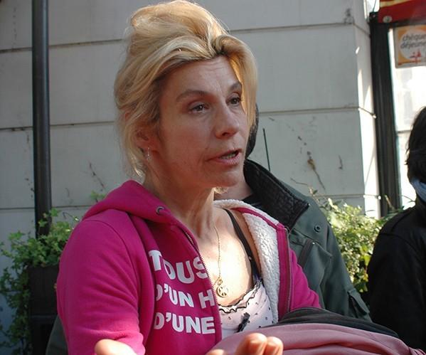 Frigide Barjot : menacée d'expulsion par la mairie de Paris !
