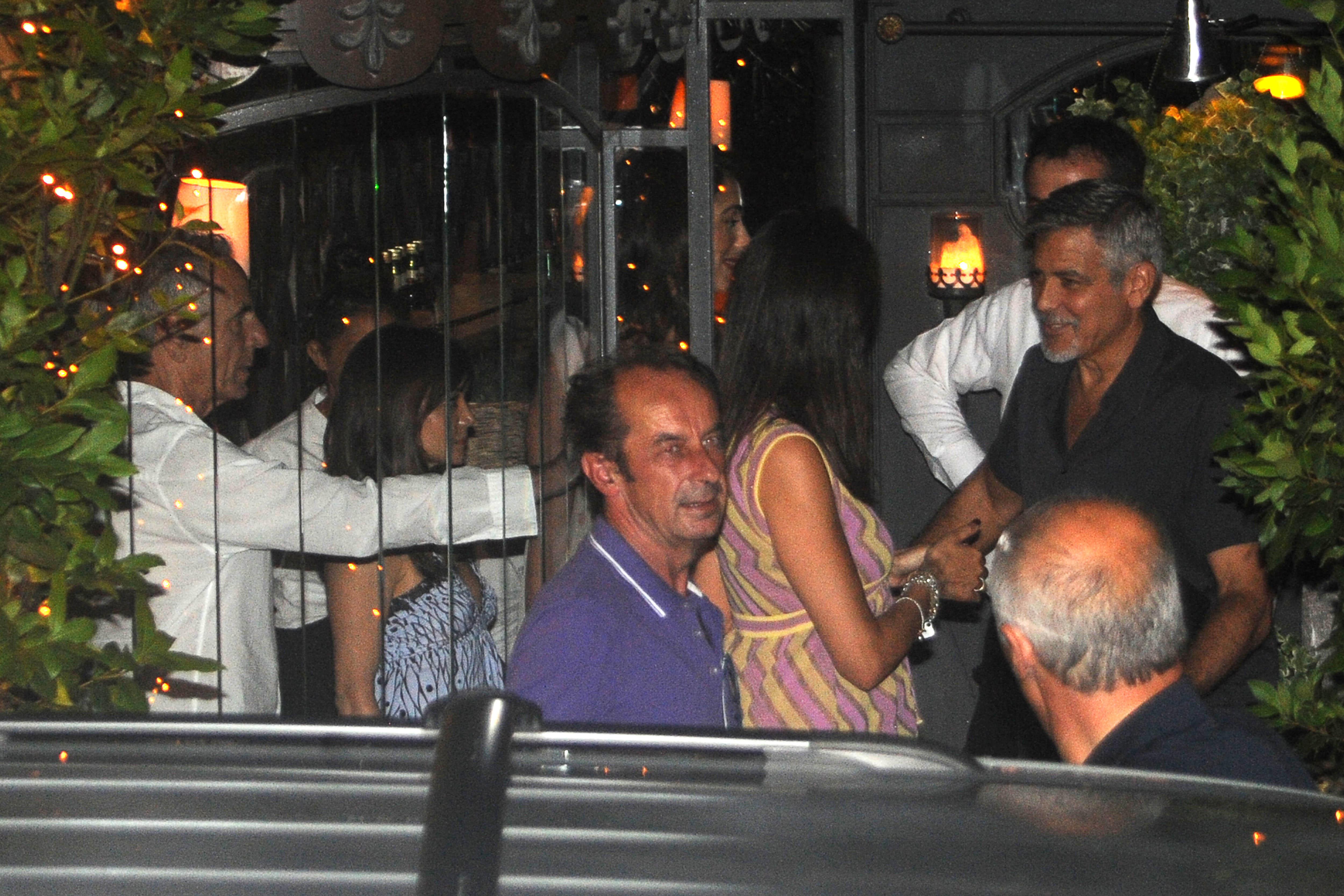 George Clooney et Amal s'offrent une soirée sans les jumeaux !