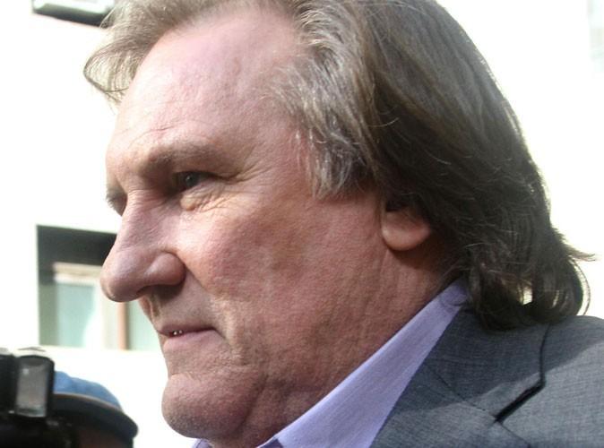"""Gérard Depardieu : attaqué par le Premier Ministre, l'acteur veut """"rendre son passeport"""" !"""