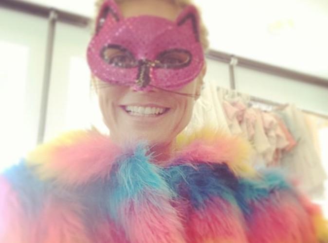 Heidi Klum : déguisée et colorée, elle nous présente sa dernière création pour bébés !