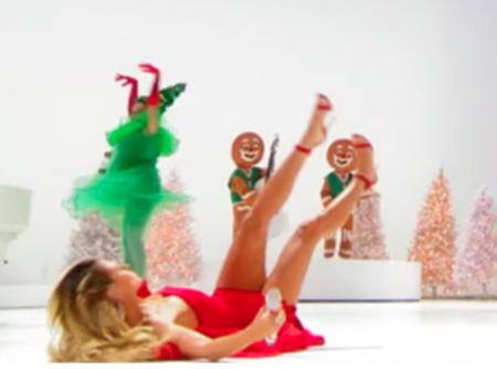 Heidi Klum : Les quatre fers en l'air en plein prime time !