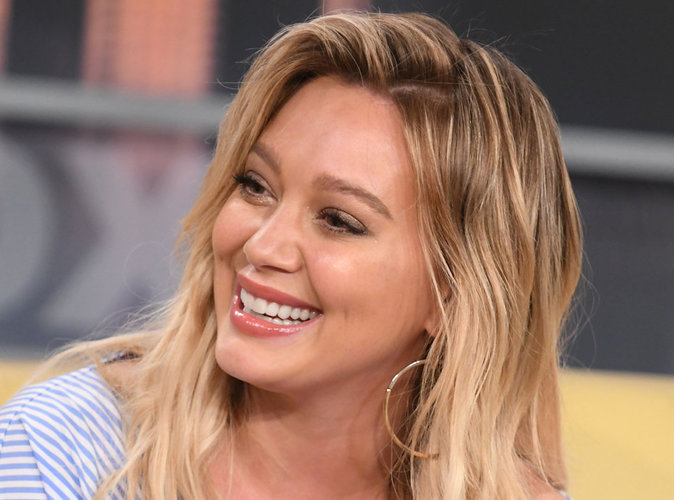 Hilary Duff confirme être en couple avec son coach sportif !