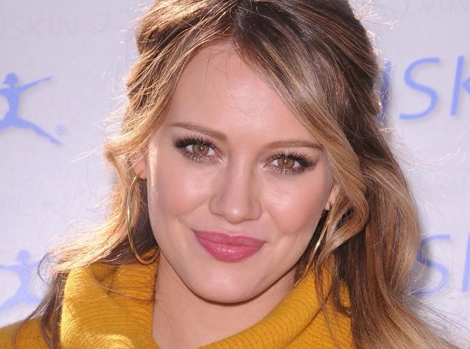 Hilary Duff : elle garde le cordon ombilical de son fils Luca dans un tiroir !