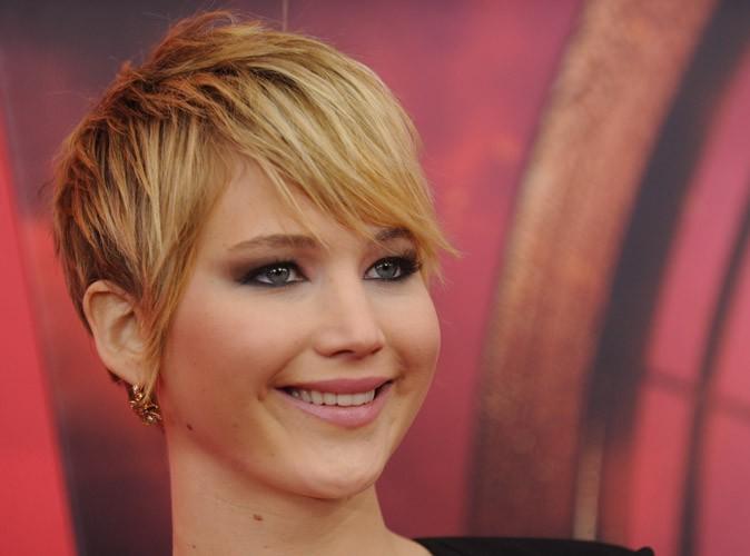 Jennifer Lawrence : fiancée à Nicholas Hoult, elle voudrait se marier en douce ?!