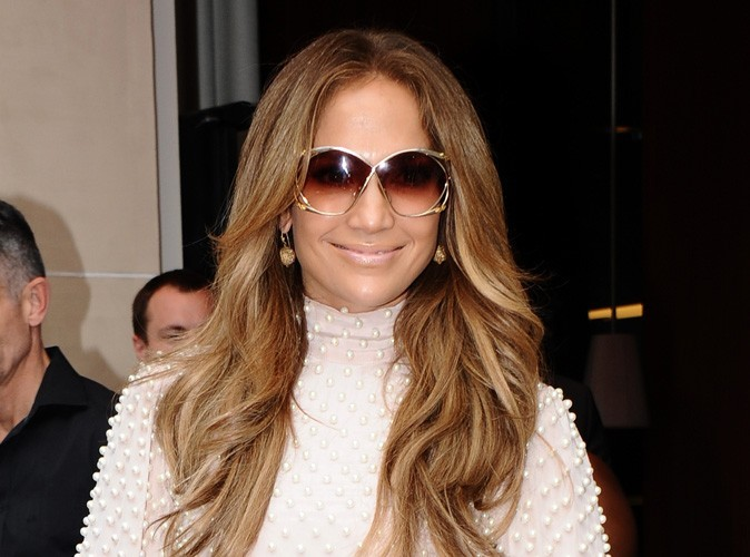 Jennifer Lopez : elle évoque pour la première fois sa relation avec Bradley Cooper !