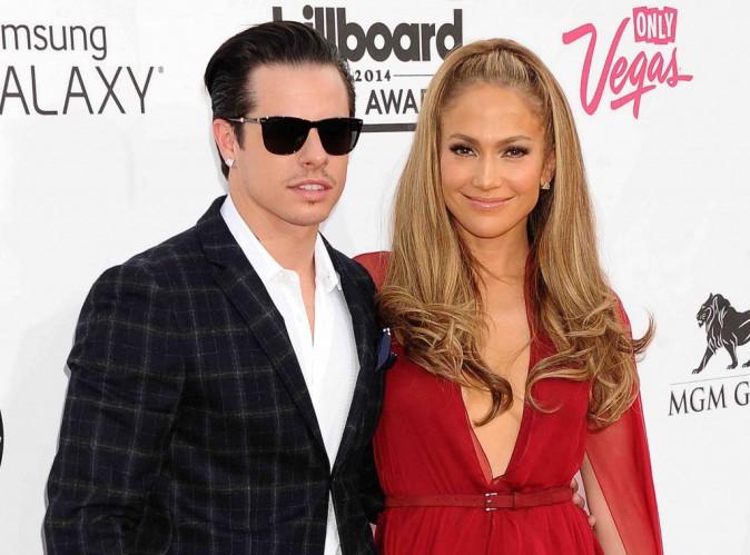 Jennifer Lopez et Casper Smart : le bisou de l'officialisation !