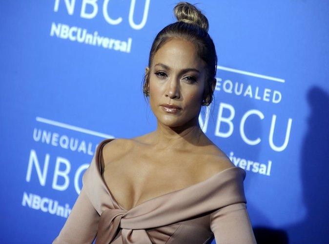 Jennifer Lopez : pour ses fans, elle se dévoile sans maquillage !