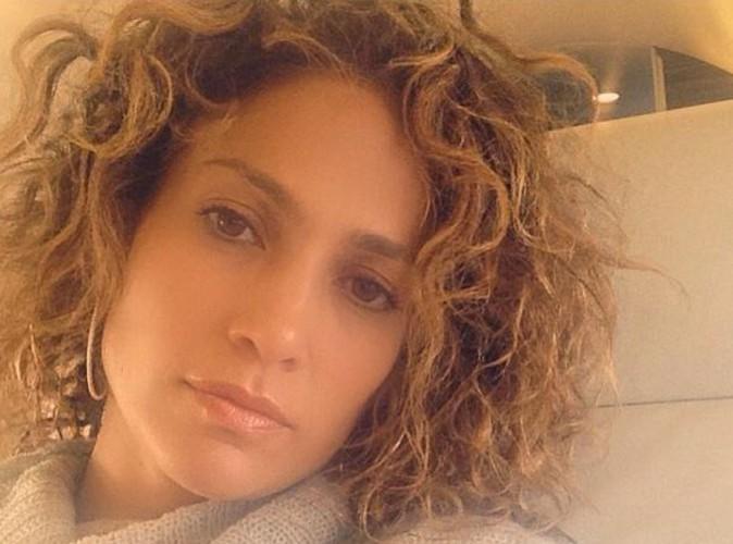 Jennifer Lopez : un nouveau look très curly pour la bomba latina !
