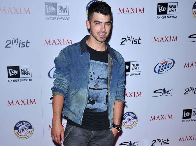 """Joe Jonas se lance dans une carrière solo : """"Cest une toute nouvelle expérience"""""""