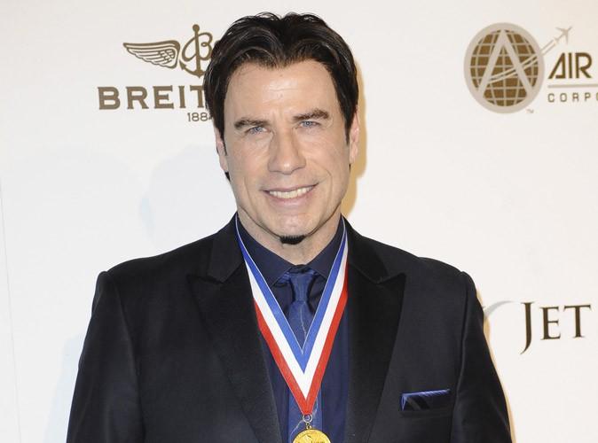 """John Travolta : """"Après la mort de mon fils, la vie ne m'intéressait plus""""…"""